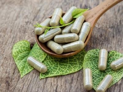 100 bitkisel ilaç artık doktorlar tarafından yazılıp sadece eczanelerde satılacak